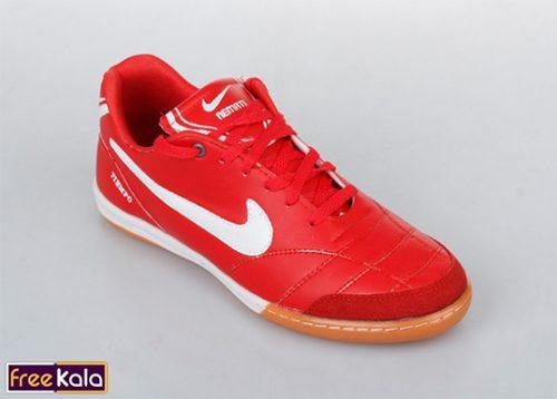 کفش فوتبالی